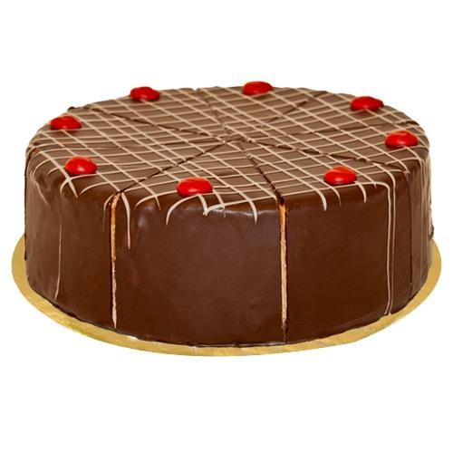 Irresistible Cake of Black Forest Cherry
