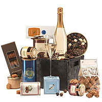 Charming Season's Greetings Gift Basket