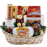 Alluring Well Seasoned Gift Basket of Assortments<br>