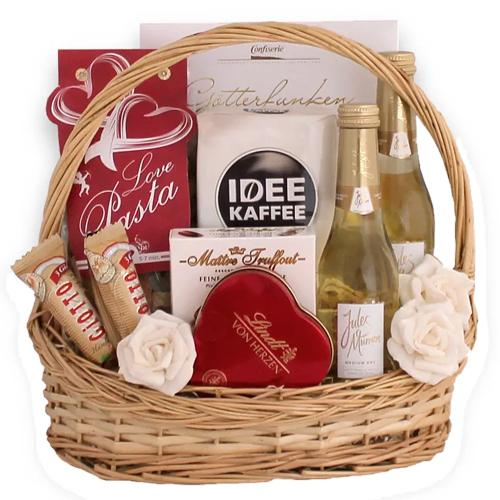 Extraordinary Abundance of Assortments Gift Hamper<br>