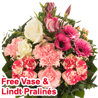 Distinctive Lively Assorted Flowers Bunch<br>