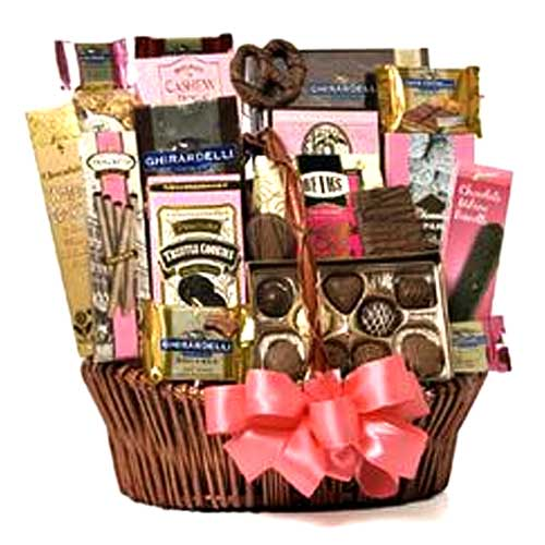Amazing Gift Hamper with Special Wishes