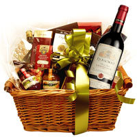 Angelic Winter Wine and Goodies Hamper