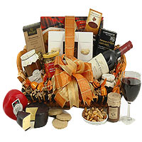 Classy Gourmet Hamper of Medium Size with Wine
