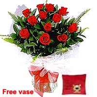 Red Roses with Cuddly Tiger Pillow